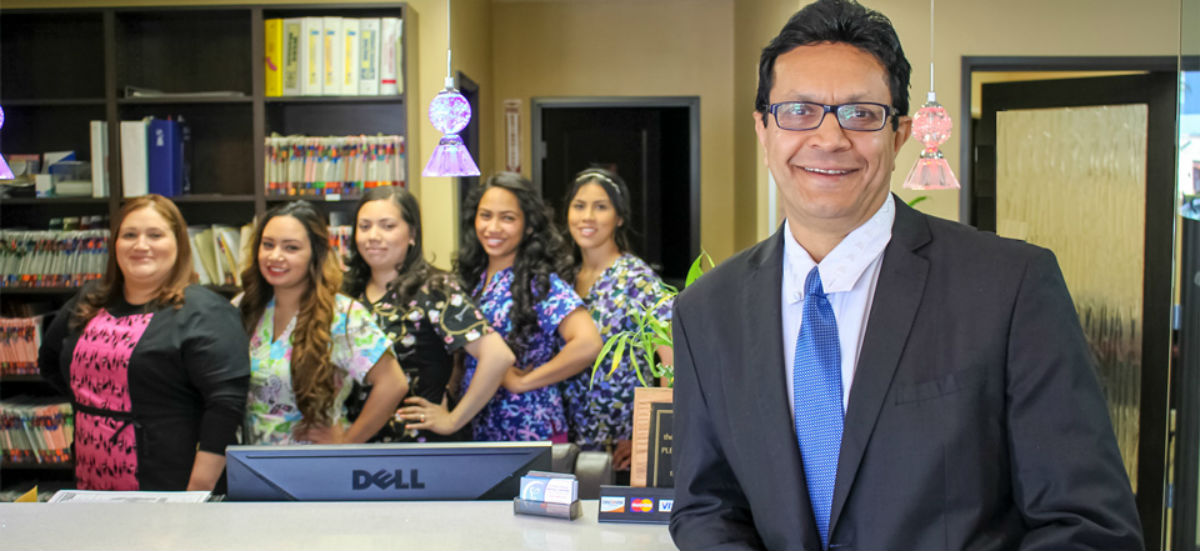 Dentist-and-Dental-Office-Staff